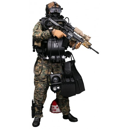 Combat swimmer - Collectible figurine 1/6 MARINE FORCE RECON COMBAT DIVER WOODLAND MARPAT VER (78055) - DAMTOYS